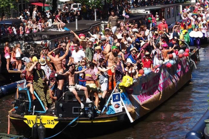 Hire a Sloop during Gay Pride Amsterdam